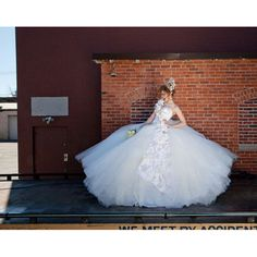 a7b13c050cf2 sondra celli - wedding dress designer boston Gipsy Wedding, Big Fat Gypsy  Wedding, Gypsy
