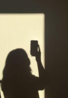 33 Ideas photography girl shadow - Photography, Landscape photography, Photography tips Shadow Photography, Photography Poses Women, Tumblr Photography, Photography Hashtags, Newborn Photography, Fall Photography, Photography Jobs, Photography Business, Wedding Photography