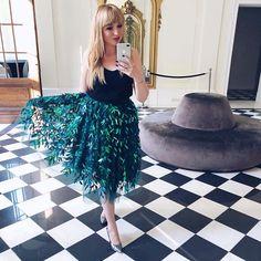 Realizacja projektu 🥰🥰🥰 #sopsi #sopsifashion #fashion #sewingblogger #sewing #szycie #instaszycie #instasew #sewing #sewcialists #lovetosew #fashionblogger #fashionable #czestochowa #szycienamaszynie #szycienamiare Sequin Skirt, Tulle, Sequins, Skirts, Fashion, Atelier, Moda, La Mode, Tutu
