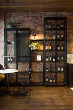 The Milton de Biasol: Design Studio   Intérieurs de café
