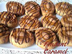 cakes - gateaux et muffins - Couscous et Puddings Jam Cookies, Sweet Cookies, Fondant Au Caramel, Baking Recipes, Dessert Recipes, Delicious Desserts, Yummy Food, Ramadan Recipes, Small Cake