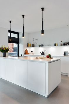 Kitchen Room Design, Kitchen Dining, Kitchenette, Minimalist Interior, Natural Living, Home Kitchens, Sweet Home, New Homes, Interior Design