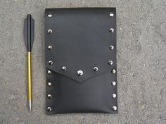 Your place to buy and sell all things handmade Archery Quiver, Crossbow Bolts, Medieval Weapons, Mystic, Pouch, Bows, Make It Yourself, Leather, Handmade