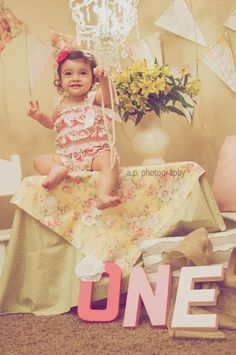 Child first birthday photoshoot