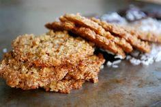 Hälsosamma havreflarn //Baka Sockerfritt Simply Recipes, Simply Food, Fika, Low Carb Desserts, Onion Rings, Healthy Baking, Lchf, A Food, Treats