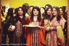 Sangeet party http://www.maharaniweddings.com/gallery/photo/88247