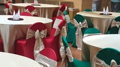 Emerald green, champagne and classic red linen by LCCR!