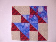 Totem quilt block pattern and tutorial from Ludlow Quilt and Sew