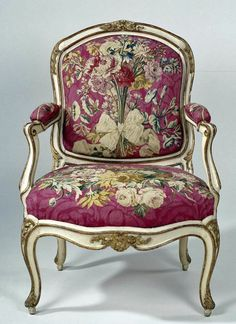 Armchair upholstered with tapestry with floral bouquets, I. Gourdin, 1750