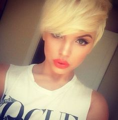 In love with this hair cut!! Color and everything! <3