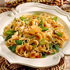 Shirataki Zero calories noodles can be used for atir frys or pasta dishes. Shrimp Lo MeinShirataki Zero calories noodles can be used for atir frys or pasta dishes. Seafood Dishes, Fish And Seafood, Pasta Dishes, Seafood Recipes, Cooking Recipes, Seafood Soup, Fish Dishes, What's Cooking, Shrimp Lo Mein Recipe