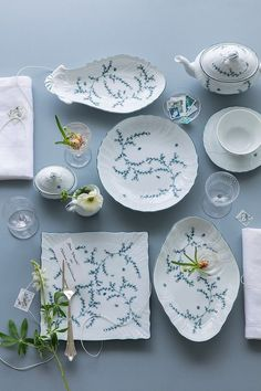 リチャード ジノリがウエディングギフトキャンペーンを開催中 Wedding News, Cool Kitchens, Twitter Sign Up, Decorative Plates, Pottery, Ceramics, Ornaments, Tableware, Gifts