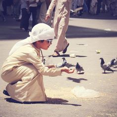Father, we thank you for caring for the children of Qatar more carefully than any of the birds of the air. Cute Kids, Cute Babies, Cute Baby Boy Images, Baby Hijab, Muslim Pictures, Arab Swag, Happy Eid Mubarak, Baby Boy Dress, Swag Boys