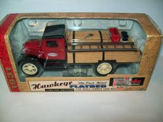 ERTL 1931 HAWKEYE FLATBED TRUCK BANK TRUE VALUE DIE CAST 1:34