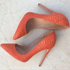 Chic / Beautiful Orange Casual Leather Pumps 2019 Snakeskin Print 12 cm Stiletto Heels Pointed Toe Pumps The best women's fashion Shoes deals. Dr Shoes, Pump Shoes, Me Too Shoes, Shoe Boots, Pointed Toe Pumps, Stiletto Heels, High Heels Stilettos, Platform High Heels, Mode Outfits