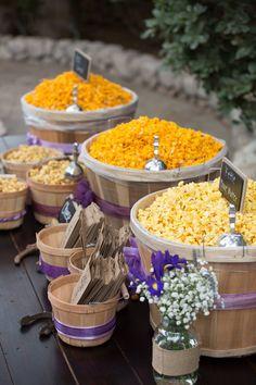 Wedding Snacks, Wedding Reception Food, Wedding Ideas, Popcorn Bar Party, Wedding Popcorn Bar, Cake Table, Dessert Table, Sweet 16, Rustic Wedding