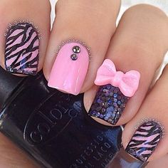 Pretty in pink by Bad Girl Nails  #pink #stripes #polish - bellashoot.com