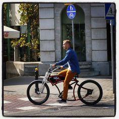 Gone cruisin' in Warsaw #custom #cruiser #bicycle #model #polishboy