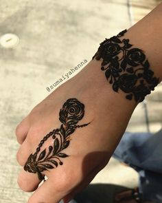 Simple Mehndi Designs For 2018 That You Should Try | Trendy Mehndi Designs 2018 | Source – @sumaiyahenna, Instagram