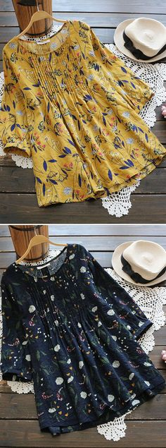 50% OFF! US$21.89 Women Floral Printed 3/4 Sleeve Vintage Blouses. SHOP NOW!