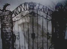 Wonderland gone dark side... love it! Wonderland, the darker side.... that would make a great party theme!