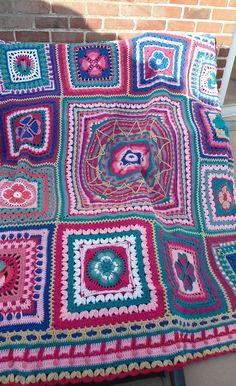 Heart Of Friendship Blanket By Helen Shrimpton - Purchased Crochet Pattern - (ravelry)