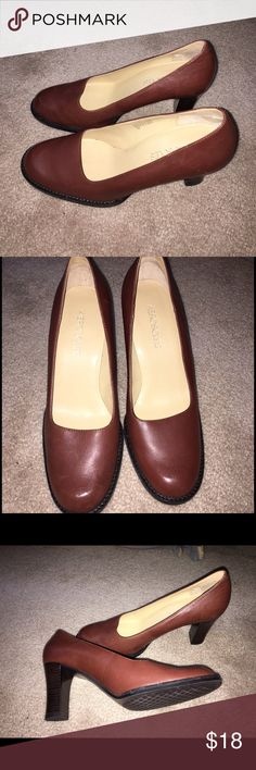 """Aerosoles brown pumps, 7 Great condition. Just not a great fit for me. (A bit too high for my comfort). Leather upper. 3"""" heel. AEROSOLES Shoes Heels"""