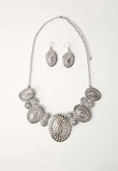Missguided - Statement Necklace And Earring Set Silver