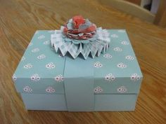 To hold cards & envelopes - Jan has instructions for 3 different size boxes