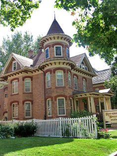 Victorian house with tower, Broadway, Decorah, Iowa by Paul McClure DC, via Flickr