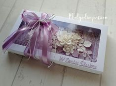 Gift Wrapping, Frame, Gifts, Paper Wrapping, Presents, Wrapping Gifts, Favors, Frames, Gift Packaging