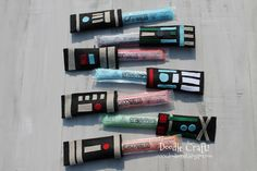 Otter Pop Lightsabers DIY Bet you could turn these into sonic screwdrivers! Star Wars Birthday, Star Wars Party, Boy Birthday, Fourth Birthday, Birthday Ideas, School's Out For Summer, Summer Fun, Craft Activities For Kids, Crafts For Kids