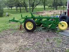 A while back I dug my dad's old John Deere (I believe its a No plow outta the hedgerow, it had been sitting for prolly 10 years or better. Old Tractors, John Deere Tractors, John Deere Equipment, Tractor Implements, Classic Tractor, Agriculture, Farms, Industrial, Sewing