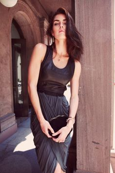 Hilary Rhoda Models 4 Flawless Fall Looks Prep Style, My Style, Michael Kors Website, Gents Fashion, Prep Fashion, Hilary Rhoda, Edgy Chic, Michael Kors Outlet, Fashion Pictures