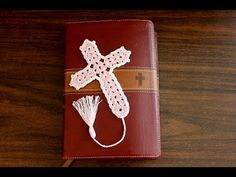 Beautiful Crochet Cross Bookmark tutorial - Right Handed - YouTube