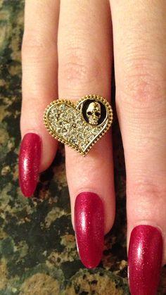 ☠ SKULL Ring