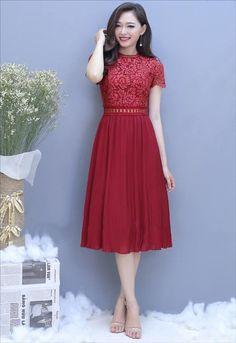 Đầm ren phối tùng dập ly màu đỏ