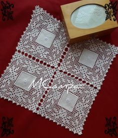 This post was discovered by Te Crochet Bolero Pattern, Crochet Bedspread Pattern, Crochet Lace Edging, Filet Crochet, Crochet Blanket Patterns, Crochet Doilies, Crochet Flowers, Easter Crochet Patterns, Vintage Crochet Patterns