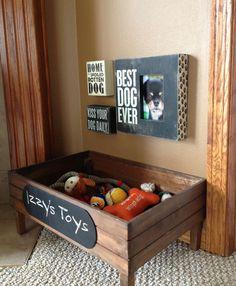 manualidades creativas para perros - caja para guardar los juguetes de tu perro