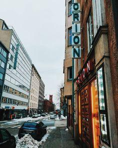 My favourite cinema in Helsinki: Orion. They screen also old Italian films!  . . . #traveldeeper #worldnomads #streetphotography #tourguide #helsinki #traveling #travelling#discover #statue #finland #winter #landscaper #landscapelovers #photographs#photography #photographer #photos#natgeophotos #travelpic #walking #cinema #travels #foto #fotografia #myhelsinki#city #winterwonderland
