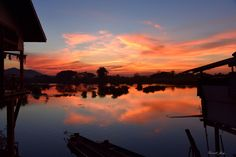https://flic.kr/p/GzA956 | Laos Sunset on Mekong river | Sunset  #mekong river at #laos. Reflection sky. ( 4 Thousands islands, Don Det) Asia.   Many thanks to all those who View, Comment and or Fave My Photos... It is greatly appreciated... Vincent ;)   Youtube video here : www.youtube.com/watch?v=8YYA7nHyrH0   Available on #getty here : www.gettyimages.co.uk/detail/photo/four-thousand-islands-...   Check it out my Portfolio:  GETTY IMAGES Maybe you like this: /  Facebook  /  Twitter…