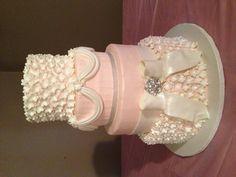 Pink wedding cake!! #wedding #weddingcake #elegantcake