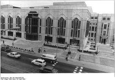 26 april 1984 Friedrichstadtpalast einen Tag vor der Eroeffnung