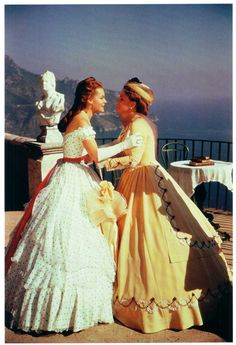 Romy Schneider as Empress Elisabeth 'Sissi' of Austria and Magda Schneider as Duchess Ludovika of Bavaria in Sissi - The Fateful Years of an Empress Period Costumes, Movie Costumes, Princesa Sissi, Magda Schneider, Empress Sissi, Helen Rose, Actrices Hollywood, Jackie Kennedy, Costume Design