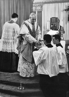 First television Mass, 1955. #catholic #vintage