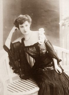 "shewhoworshipscarlin: "" 1900s """