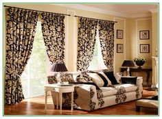 Gorgeous Cozy Black White Living Room Curtain Ideas With Floral Pattern