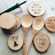 We about died of a cuteness overdoes when we saw this wood burning project.❤️  Come learn the basics of wood burning, create wood burned faux calligraphy, and leave with your own wooden spoon, birch magnet or coaster at Pinners Conference. You can now visit our website and customize your class schedule!