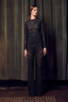 http://www.vogue.com/fashion-shows/fall-2016-ready-to-wear/katie-ermilio/slideshow/collection