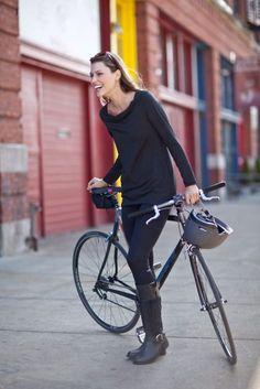 ok lei e ok la bici, no lo stivale